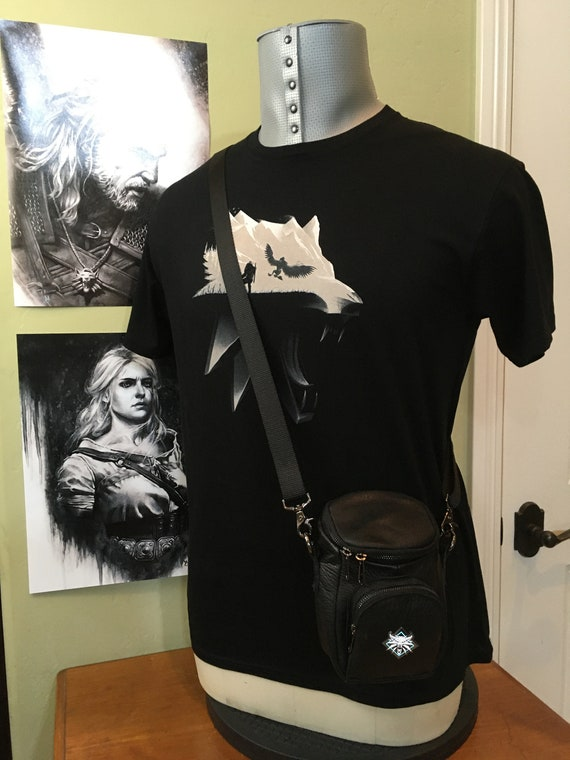 Witcher White Wolf T-Shirt and Leather Belt Wallet