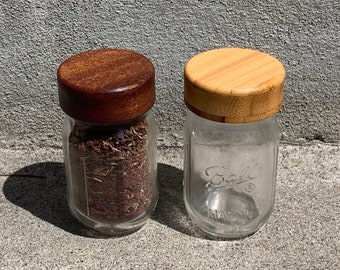 Six-pack Mini Mouth Mouth Spice Jar Lids