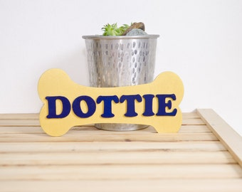 Pet name sign