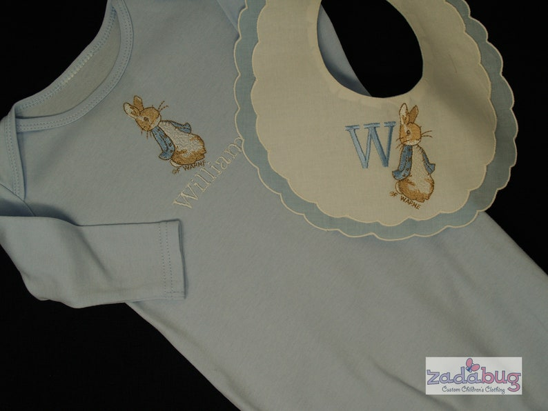personalised 1st fathers day peter rabbit bib  perfect gift baby  cute baby boy