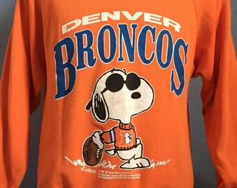 6c1a7e006 80s Vintage Denver Broncos Snoopy Peanuts Joe cartoon NFL football  Sweatshirt - LARGE