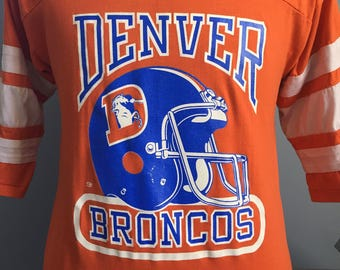 80s Vintage Denver Broncos nfl football T-Shirt - LARGE