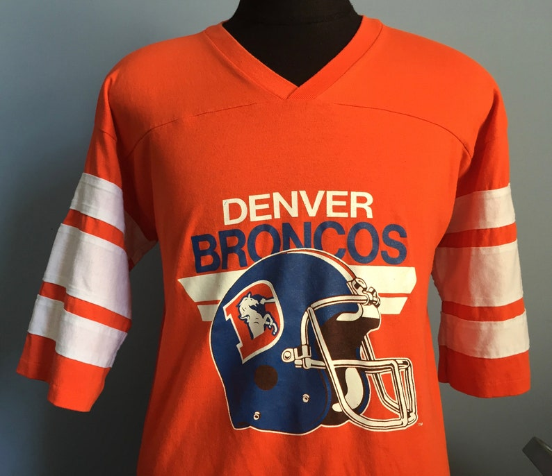 d0c5cece9 80s Vintage Denver Broncos nfl football T-Shirt XL X-LARGE | Etsy