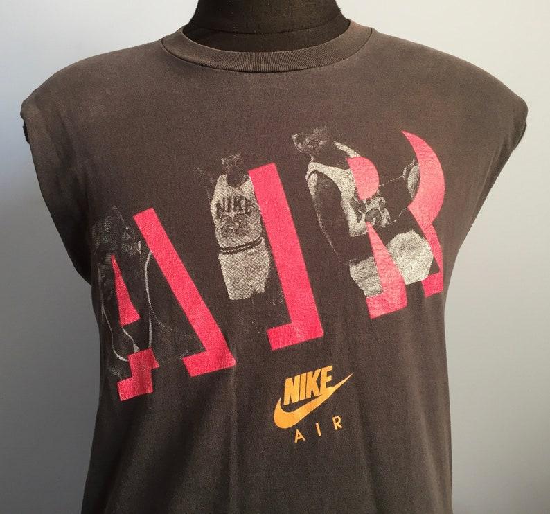 4b95b39677fc3a 90s Vintage Nike Air Michael Jordan Chicago Bulls shoes nba