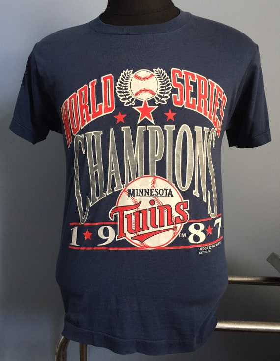 2cc66f194e032 80s Vintage Minnesota Twins World Series Champions 1987 mlb baseball  T-Shirt - MEDIUM