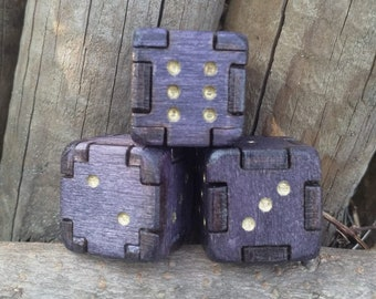 Wooden Dice D6 - Violet - Table Top Role Playing and Gaming Accessories Gamers Hunter by Wolfy e Jordy