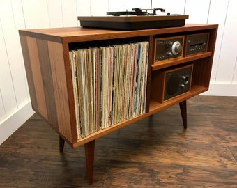 Merveilleux Solid Mahogany Record Player Console. Mid Century Modern Turntable And Stereo  Cabinet With Album Storage.