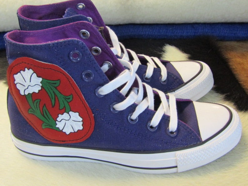 5c0f79df227c5 Converse purple high tops with red leather