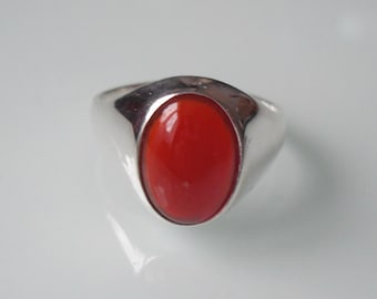 New Sterling Silver Gent's/Men's Curved Oval Carnelian Ring Sizes O - Z