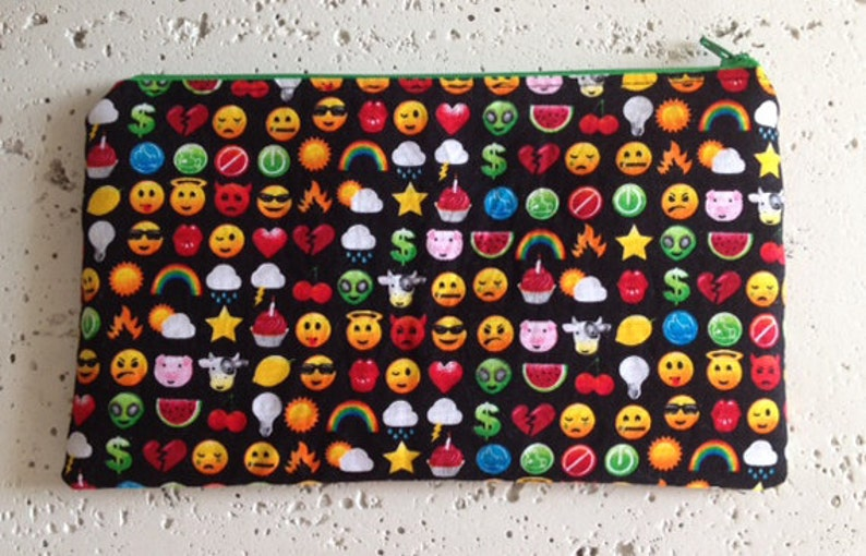 Pocket Arcade Zipper Pouch/Gadget Bag image 0