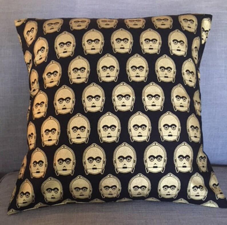 C-3P0 Pillow Covers/Pillow Cases  18 x 18 image 0