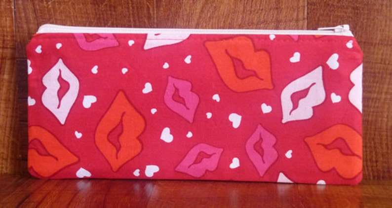 Valentine's Day  Lips Pen Case/Gadget Pouch/Coupon Holder image 0