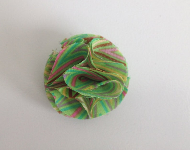 Men's Green Lapel Flower Lapel Pin image 0