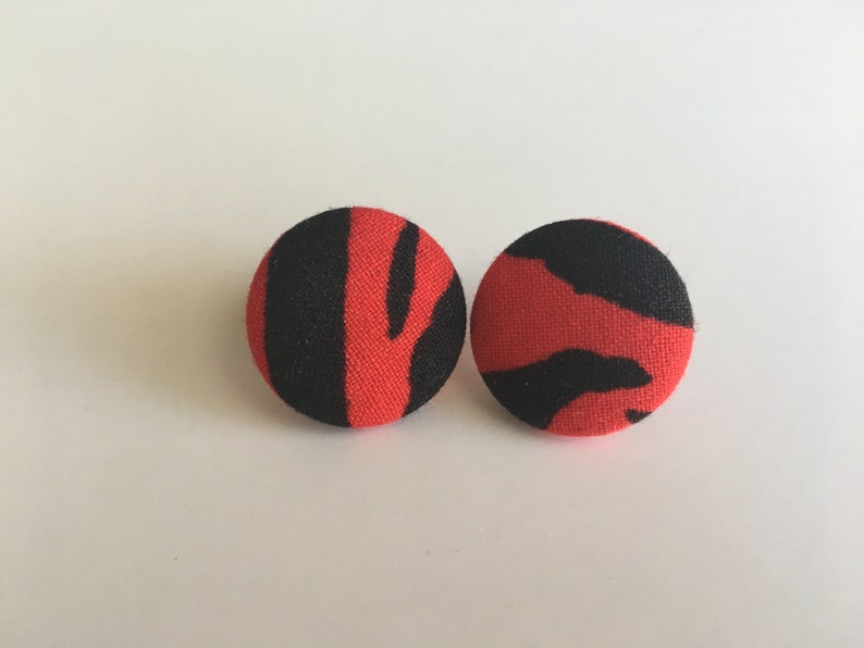 Red and Black Zebra Print Fabric Button Earrings image 0