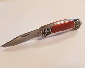 Decorative Men's Hunting - Pocket Knife - Rosewood Handle - Engraved