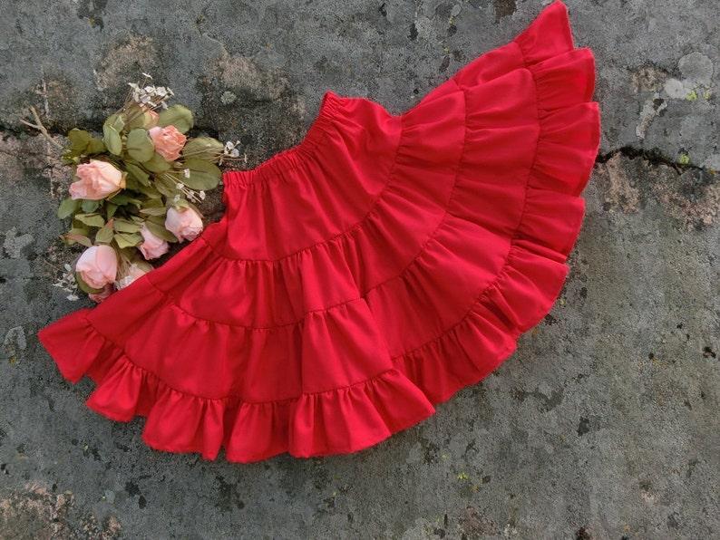 317a355df77 Enfant et fille rouge jupon en coton. Jupe a volants rouge