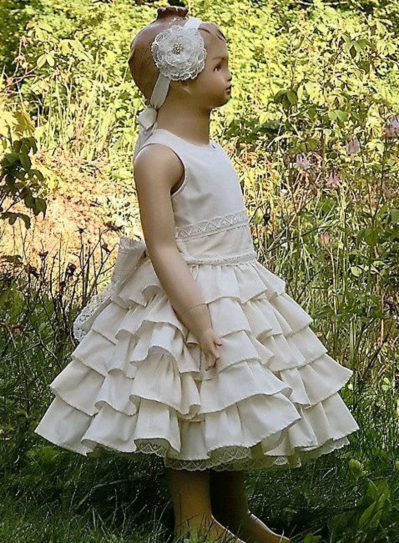87167c663d615 Robe de mariee pour filles. Fille de fleur robe en ivoire