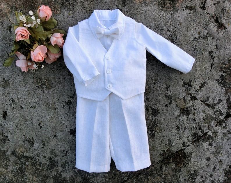 ef742218d02da Tenue de lin de mariage bébé garçon hors costume de porteur
