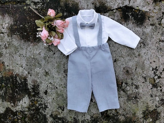 Ring bearer linen outfit, baby suspender pants shirt and bow tie Toddler boys grey wedding suit Baby baptism outfit Boys suspender set gray