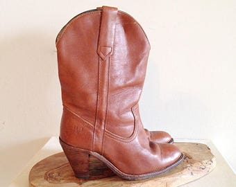 Vintage 1970s FRYE Leather Western Boots High Heel Cowboy Boots Ladies 8 1/2