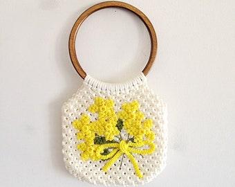 Vintage Springtime Crochet Bag Purse Handbag 1970s Yellow Floral Bouquet