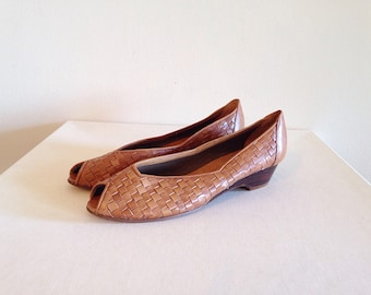 SALE! Vintage Woven Leather 1980s Peeptoe Flats Ladies Size 7.5
