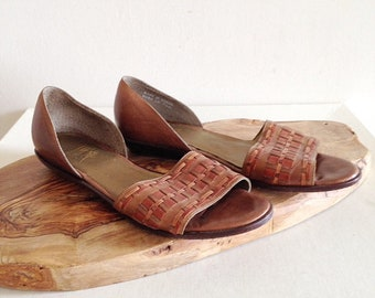 Vintage 1990s Leather Sandals Flats by Bass Size 7 1/2