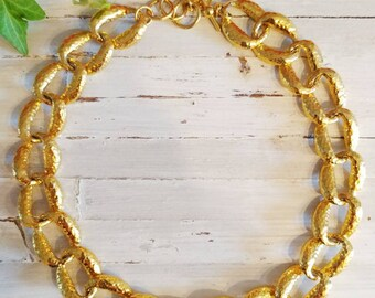 ace103994c92b Couture Vintage Anne Klein Necklace Hammered Gold Tone Big   Bold  Exaggerated Link Statement Necklace