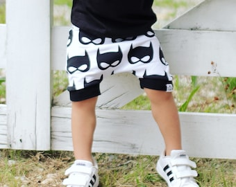 Batman, Baby Harem Shorts, Toddler Shorts, Baby Boy Clothes, Baby Shorts, Shorts, Hipster Baby Clothes, Superhero, Batman Shorts