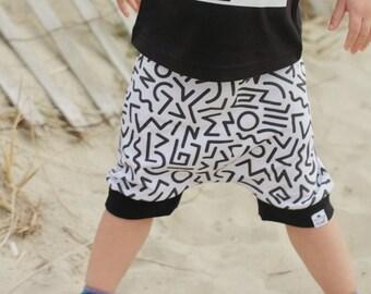 90's Hip Hop, Baby Harem Shorts, Baby Boy Shorts, Toddler Shorts, Baby Boy, Toddler Shorts, Hipster Baby, Baby Shorts