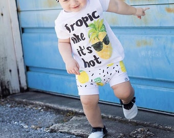 Pineapple, Bummies, Shorties   Baby Clothes   Baby Girl   Baby Boy   Bloomers   Shorts   Tropical   Beach Baby   Pineapple Shorts