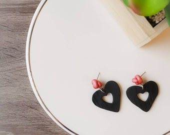 Francis   Cut Out Hearts Dangling from Knot Stud Earrings