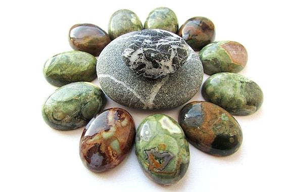 India  BU35 20 carat brecch jaspe cabochon pendant natural stone