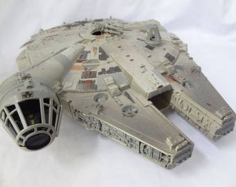 Star Wars Millennium Falcon large toy ship vintage collectible