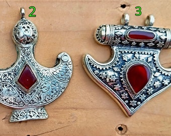 Aqeeq pendant - stone pendants- Statement jewelry- Afghan jewelry- Stone jewelry- Carnelian stone necklace- silver stone pendants