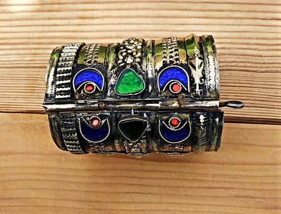 Gold cuff bracelet- Tribal one of a kind VINTAGE B