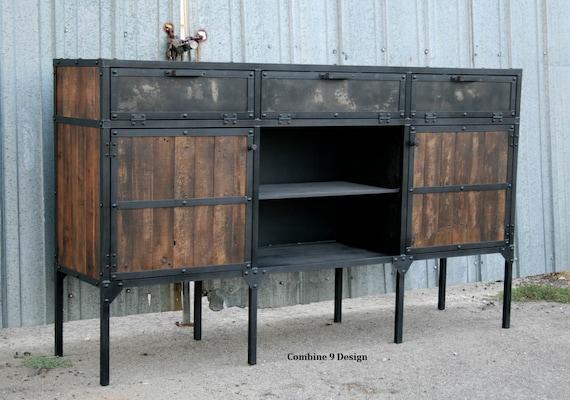 Credenza Industrial Fai Da Te : Reclaimed wood buffet rustic industrial sideboard. vintage etsy