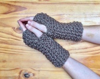 Chunky Knit Wool Arm Warmers Knit Fingerless Gloves || Taupe