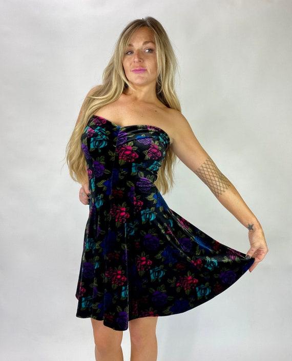 Betsey Johnson Dress Velvet Sweetheart neck floral