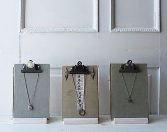 ONE Clipboard Necklace & Earring Display Stand - Neutral Linen Fabric Jewelry Display - Jewelry / Photo / Sign Holder Ready to Ship