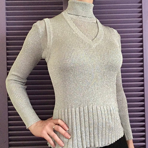 Rare Vintage 1960s Bamberger's Silver Turtleneck S