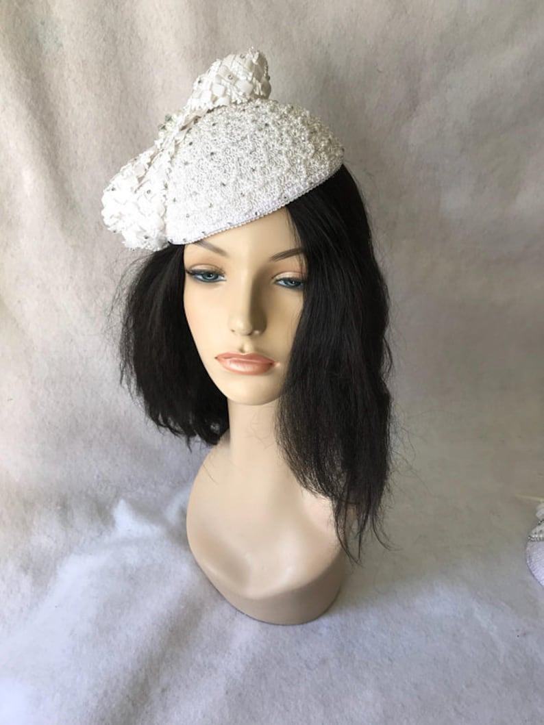 177ec25636be5 White Church hat White pillbox hat white formal hat tea   Etsy