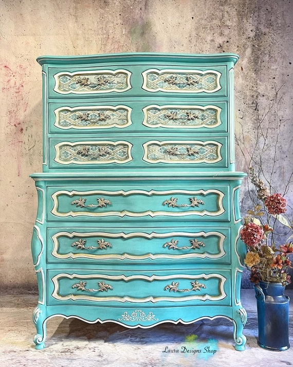 French Provincial Dresser (FREE SHIPPING)