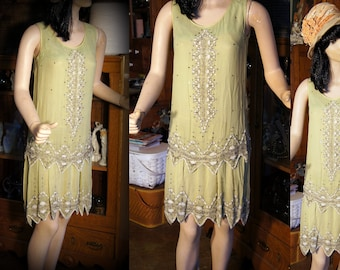 Stunning heavily beaded vintage flapper dress 20's vintage gorgeous