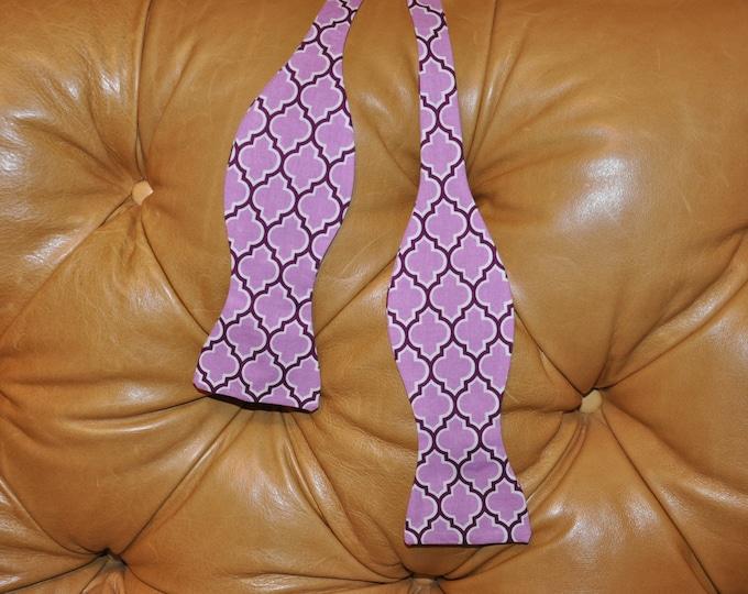 "Bow Tie Adjustable ""Lilac Aviary"" Lodge Lattice Lilac (JD46)"