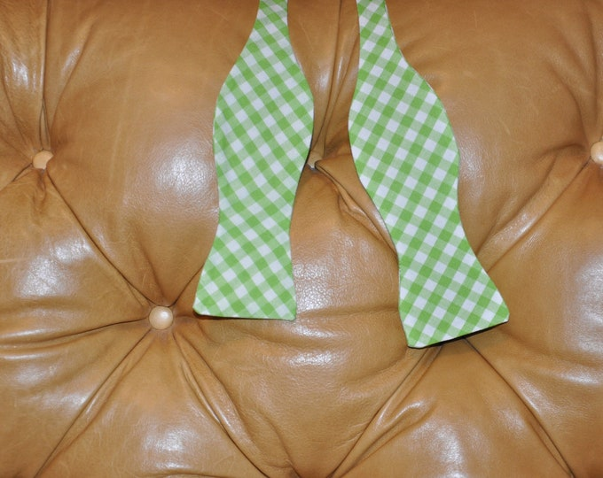 Bow Tie Adjustable Large Gingham Green
