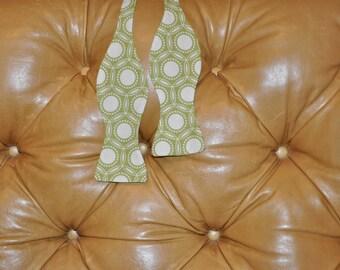 Bow Tie Adjustable in Opal Green