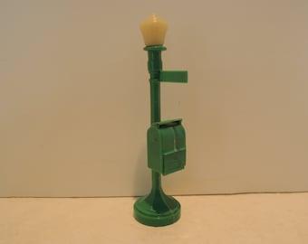 Street Lamp w Letter Box, Mini Post Box on Street Light, Green, Paper letter inside box, Dollhouse, Train set, Excellent cond, Vintage