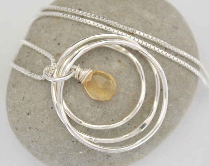 30th  Birthday gift for daughter, Citrine Necklace, 3 Sisters necklace, 3rd Anniversary gift for her, November birthstone, 3 Rings necklace