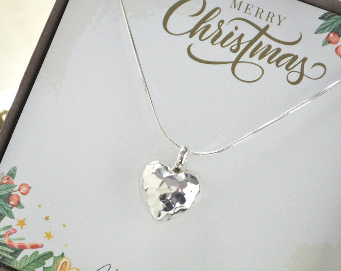 Christmas gifts for women, Christmas gift for mom, Silver heart necklace, Gifts for women, Christmas present for wife